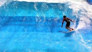 Surfovanje na bečkom trgu Švarcenbergplac