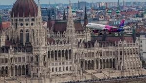 Wizz Air: Egzibicija nad Budimpeštom